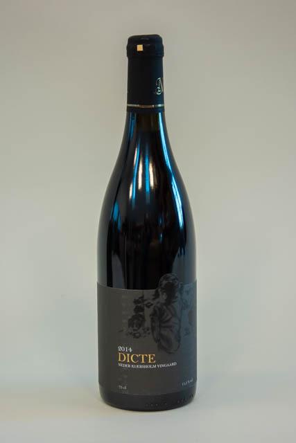 Dicte dansk rødvin